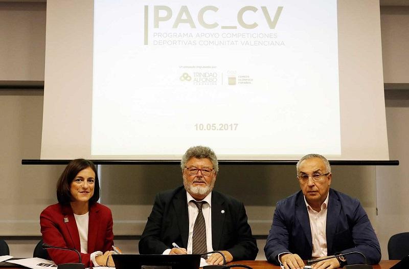 Firma convenio entre La  Fundación Trinidad Alfonso y FEPyC